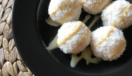 Recept na Kokosové FIT guličky -chutný dezert pre milovníkov kokosu