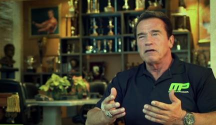 Arnold Schwarzenegger o dôležitosti bielkovín. Sú naozaj tak veľmi dôležité?