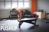 Posilňovacia lavica je skutočne viacúčelovým náradím. Precvičíte na nej svalstvo celého tela!